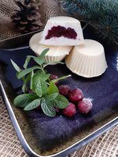 Сырки глазированные с вишней в белом шоколаде