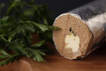 Паштет из говяжьей печени с маслом